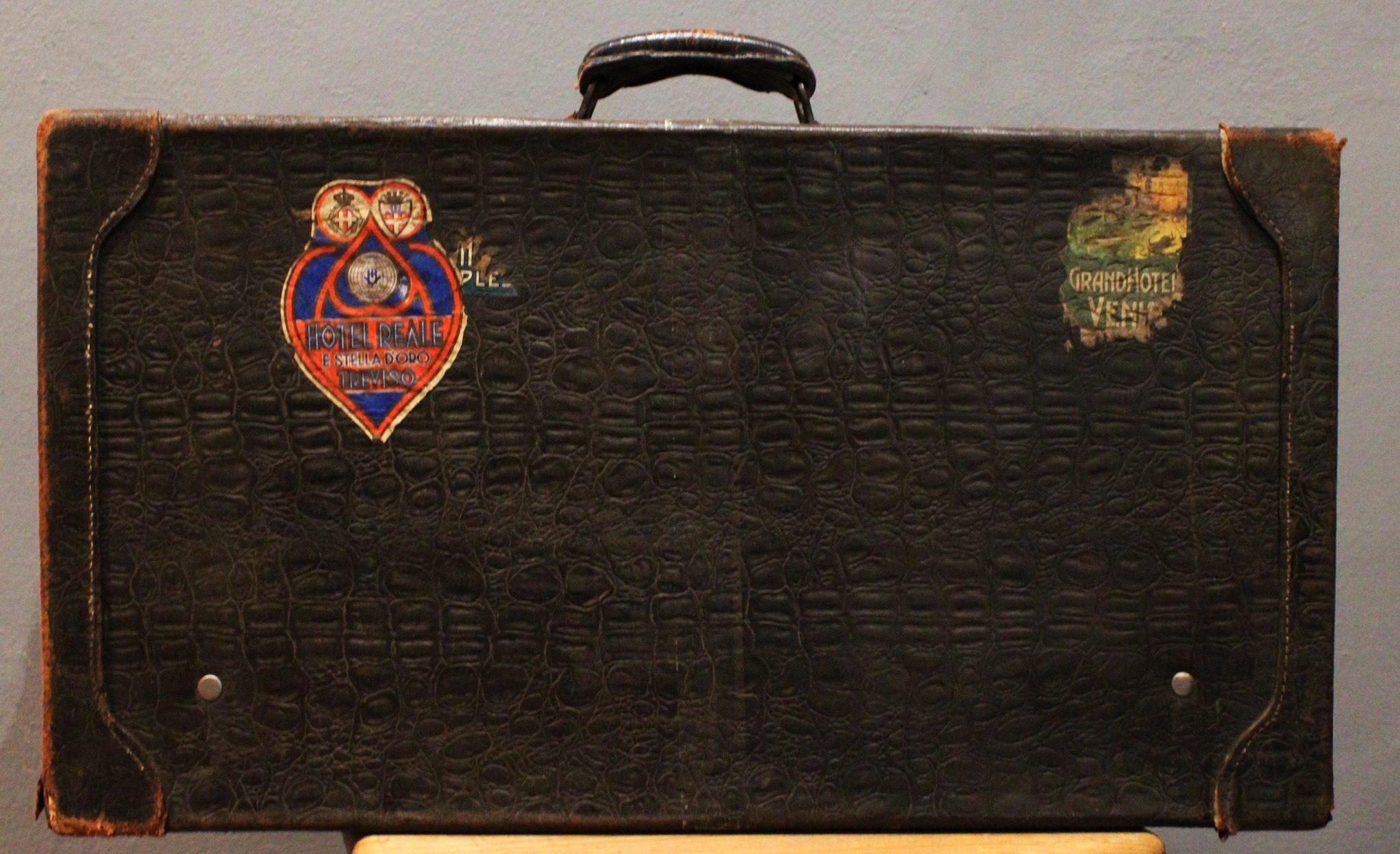 valigia-vintage-in-coccodrillo