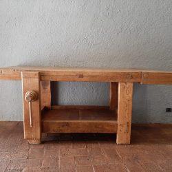 tavolo-lavoro-1